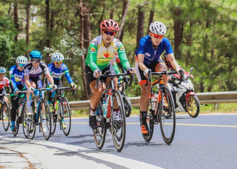 Lộc Trời tạo kỷ lục giải đua xe đạp nữ An Giang - ảnh 1