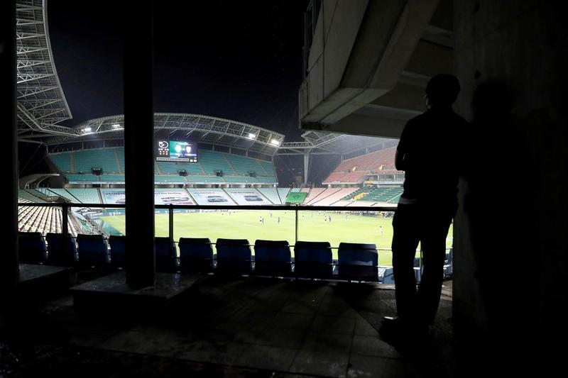 Hà Nội FC được vinh danh; Bóng đá Hàn Quốc mở cửa đón CĐV - ảnh 1