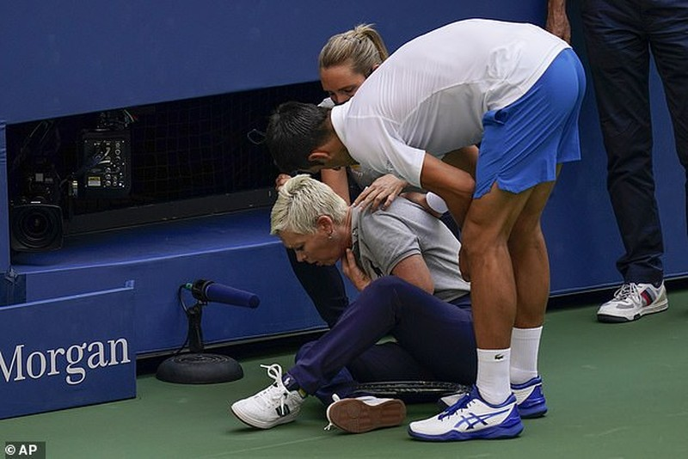 Sốc: Djokovic bị xử thua tại giải Mỹ mở rộng - ảnh 1