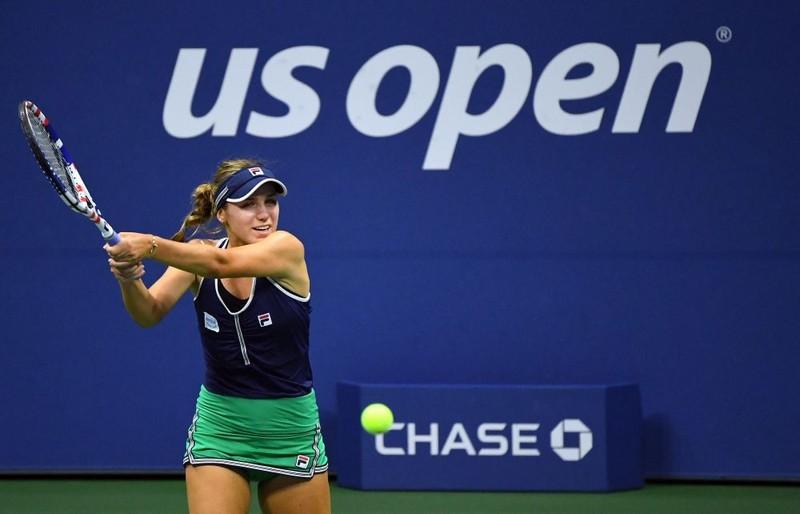 Serena cán mốc 100 trận thắng giải Mỹ mở rộng - ảnh 1