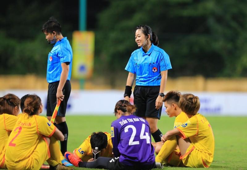 Bỏ dở trận đấu, Phong Phú Hà Nam bị xử thua TP.HCM I - ảnh 4