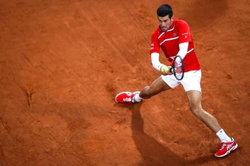 Djokovic thảm bại, Nadal đứng ngang hàng với Federer - ảnh 3