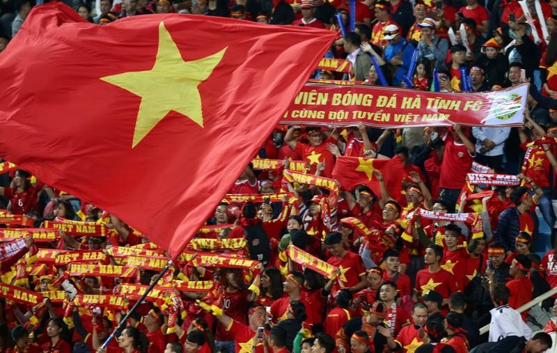 Tuyển Việt Nam đá World Cup, bao nhiêu khán giả được phép vào sân? - ảnh 2