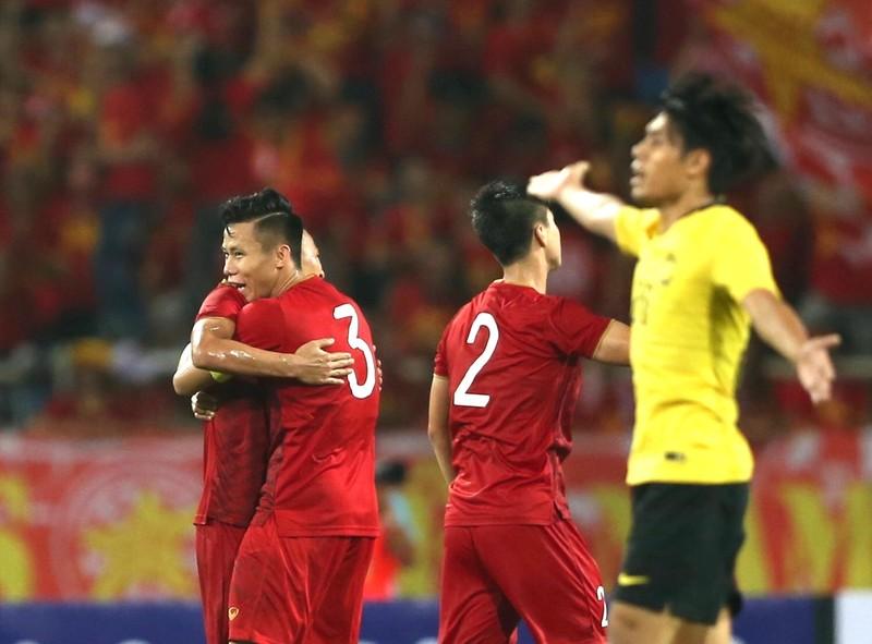 'Đối trọng' của tuyển Việt Nam ráo riết chuẩn bị AFF Cup - ảnh 4