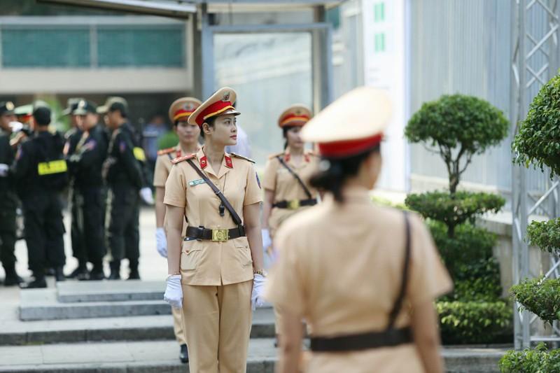 Nhiều đoàn đến viếng cố Thủ tướng Phan Văn Khải  - ảnh 15