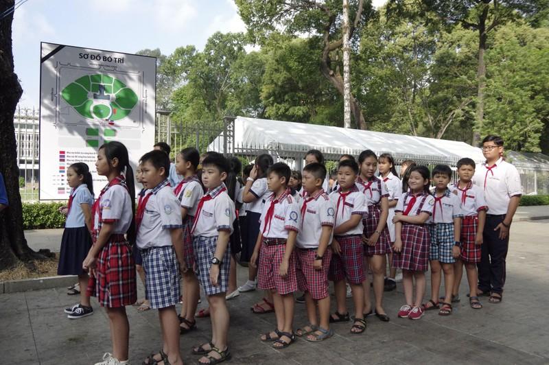 Nhiều đoàn đến viếng cố Thủ tướng Phan Văn Khải  - ảnh 13