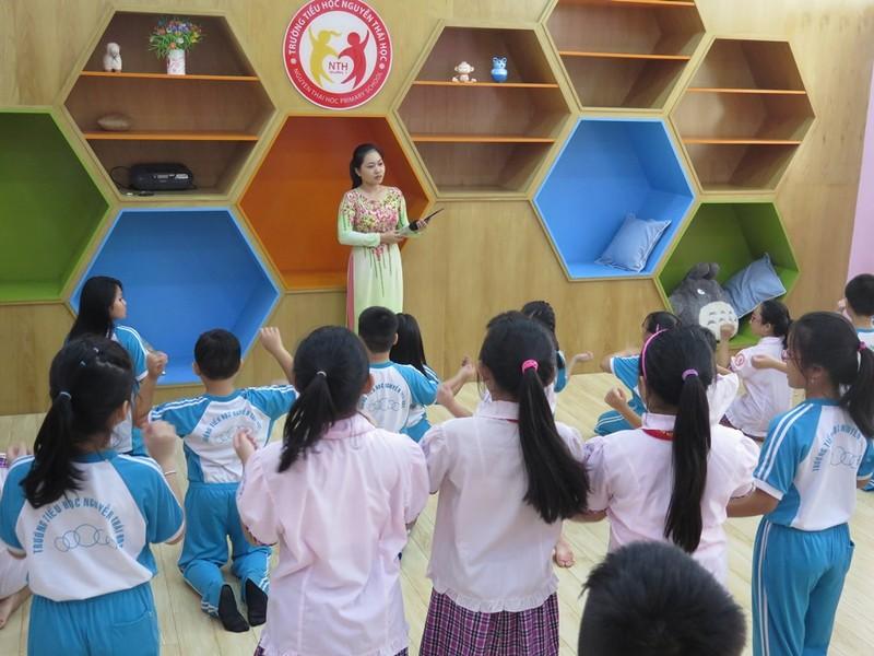 Một tiết học âm nhạc của HS trường tiểu học Nguyễn Thái Học