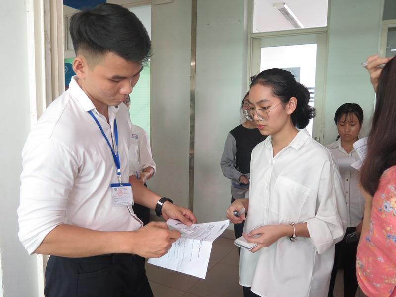 Hơn 36.000 học sinh bắt đầu dự thi đánh giá năng lực đợt 1 - ảnh 5