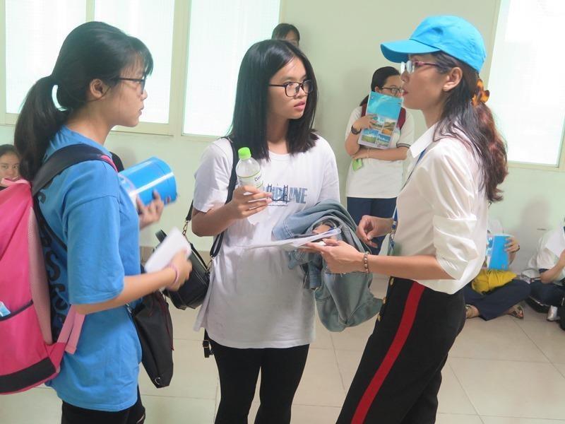 Hơn 36.000 học sinh bắt đầu dự thi đánh giá năng lực đợt 1 - ảnh 4