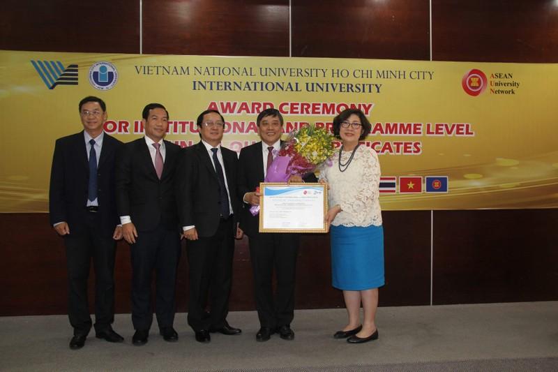 Trường ĐH thứ 3 của Việt Nam đạt chuẩn chất lượng AUN-QA - ảnh 1