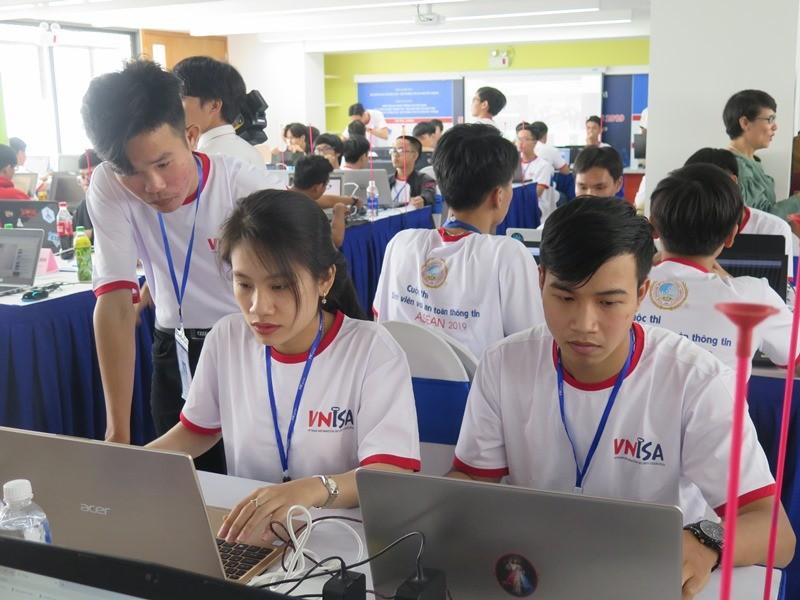 Sinh viên thi tài về an toàn thông tin ASEAN 2019 - ảnh 5