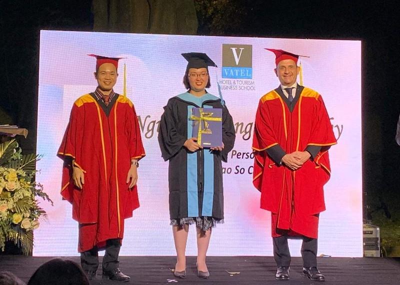 Lễ tốt nghiệp đặc biệt tại Tổng lãnh sự quán Pháp - ảnh 1