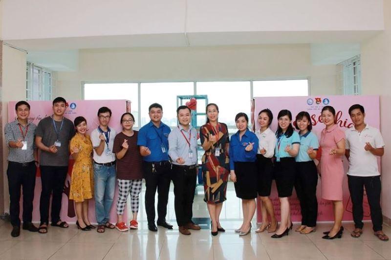 ĐH Y dược TP.HCM mở 'Góc sẻ chia' giúp sinh viên khó khăn - ảnh 1