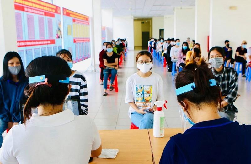Xét nghiệm khẩn cấp các sinh viên trở lại KTX từ 4 tỉnh/thành - ảnh 1