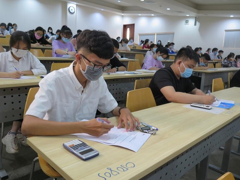Hơn 99.000 nguyện vọng xét tuyển vào ĐHQG TP.HCM bằng điểm thi đánh giá năng lực - ảnh 1