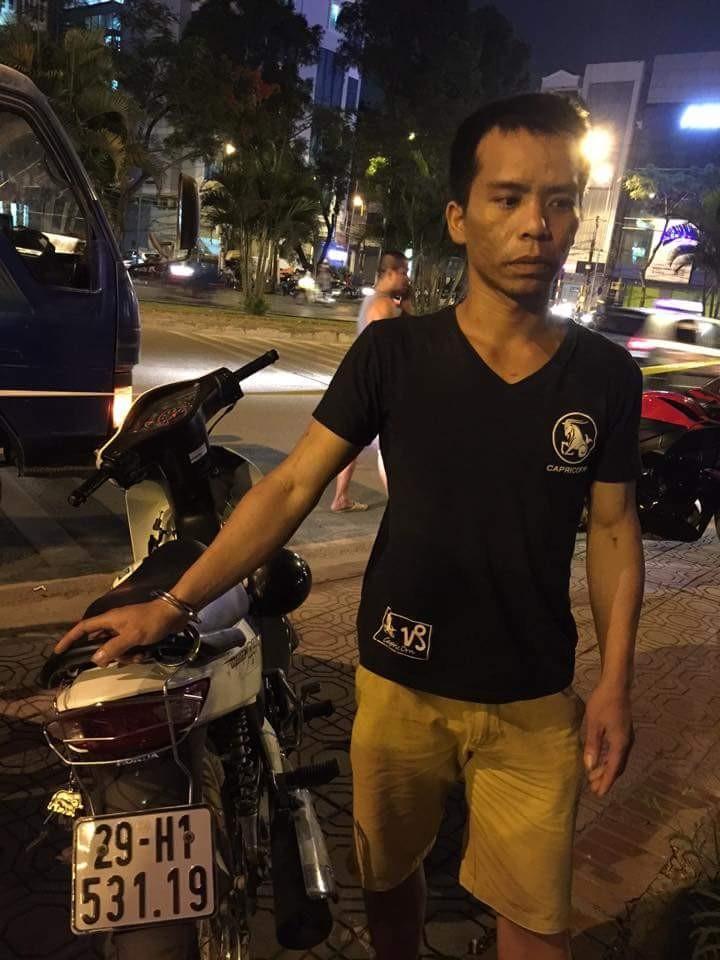 141 Hà Nội liên tiếp bắt 2 vụ ma túy giấu trong người và xe - ảnh 1