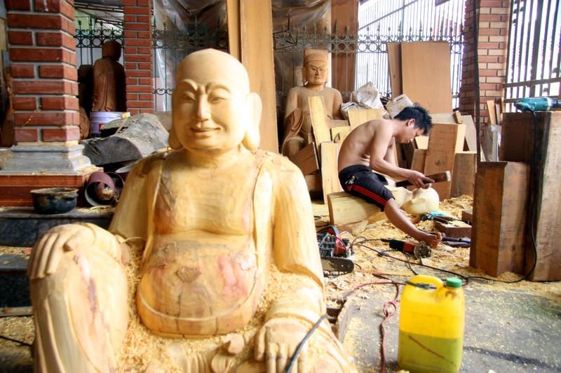 Độc đáo với nghề tạc tượng thờ ở Thanh Oai - ảnh 5