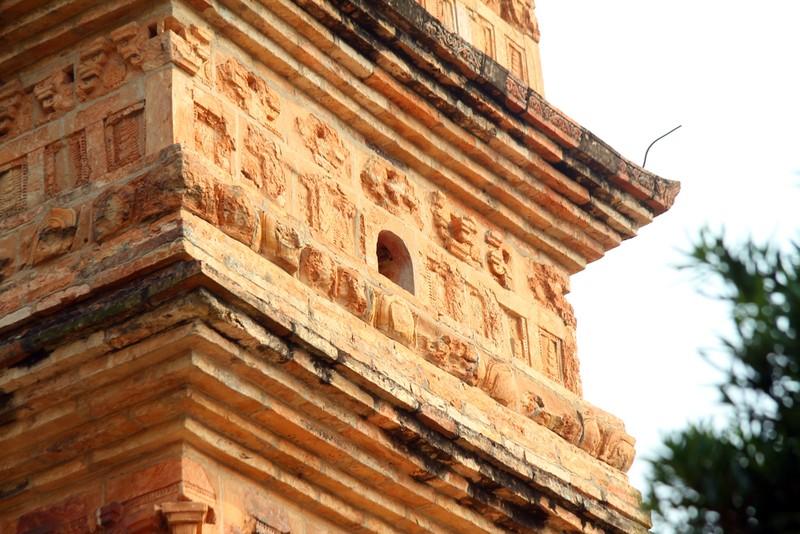 Tận mắt chiêm ngưỡng bảo tháp đẹp nhất xứ Bắc - ảnh 5