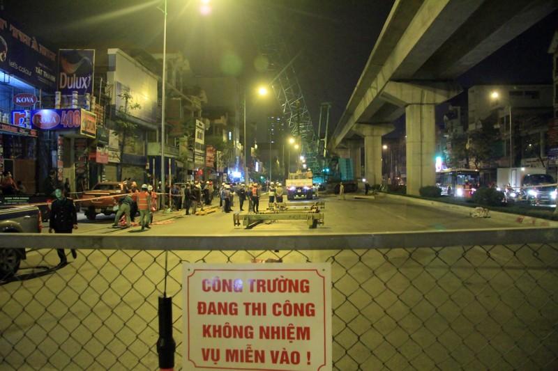 Đường sắt Cát Linh - Hà Đông: Lên ray toa tàu đầu tiên - ảnh 1