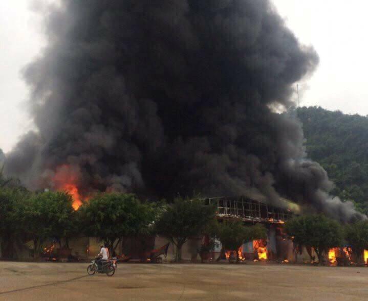 Cháy lớn tại chợ Tân Thanh - Sài Gòn - ảnh 1