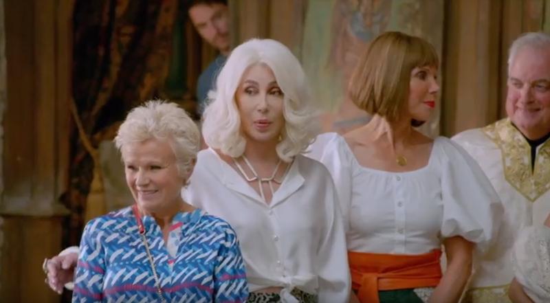Mamma Mia 2!: Ngắm vẻ đẹp quyến rũ của Cher trong 'Fernando' - ảnh 3