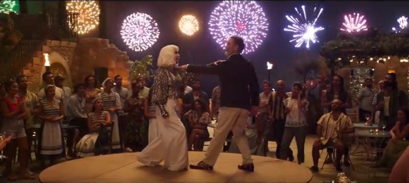 Mamma Mia 2!: Ngắm vẻ đẹp quyến rũ của Cher trong 'Fernando' - ảnh 4