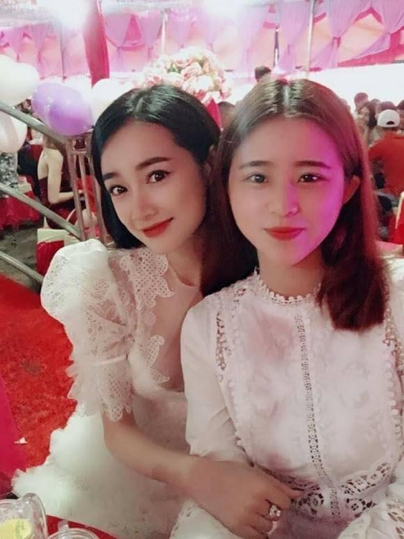 Nhã Phương, Trường Giang, sao Việt