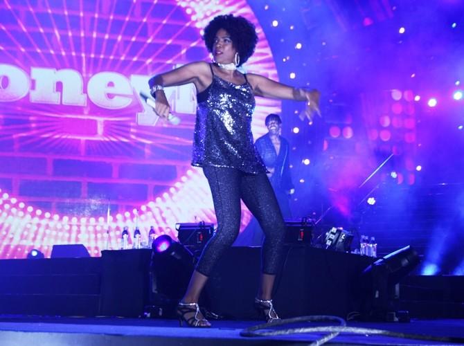 """Boney M biến Vinpearl Land thành một """"sàn disco trên đảo"""" - ảnh 5"""