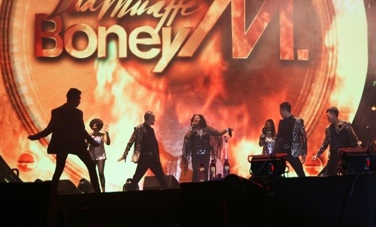 """Boney M biến Vinpearl Land thành một """"sàn disco trên đảo"""" - ảnh 1"""
