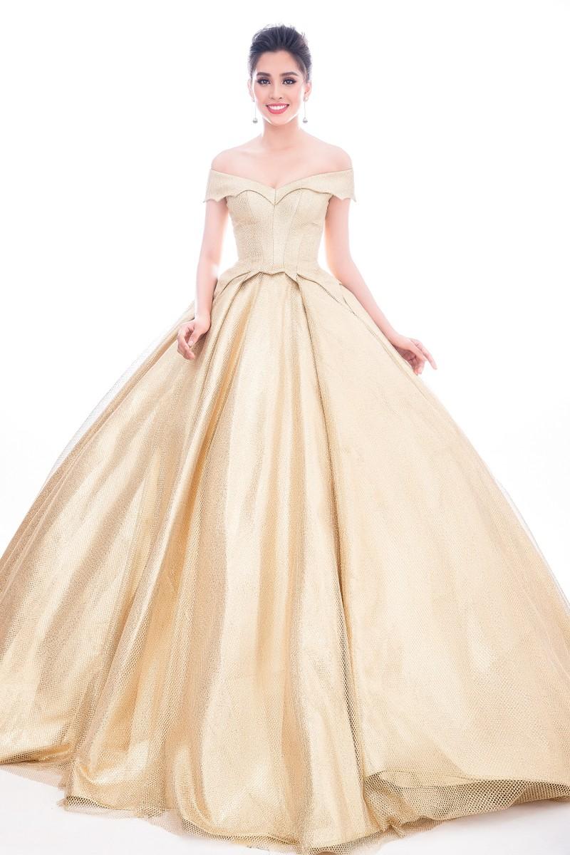 Lộ diện 4 chiếc đầm dạ hội Tiểu Vy mang đến Miss World - ảnh 2