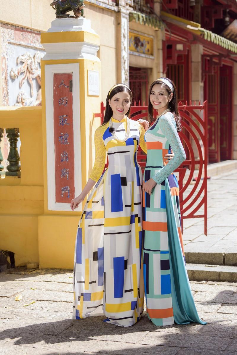 Thuý Vi và Đào Hà thướt tha trong tà áo dài Tết đón Xuân - ảnh 2