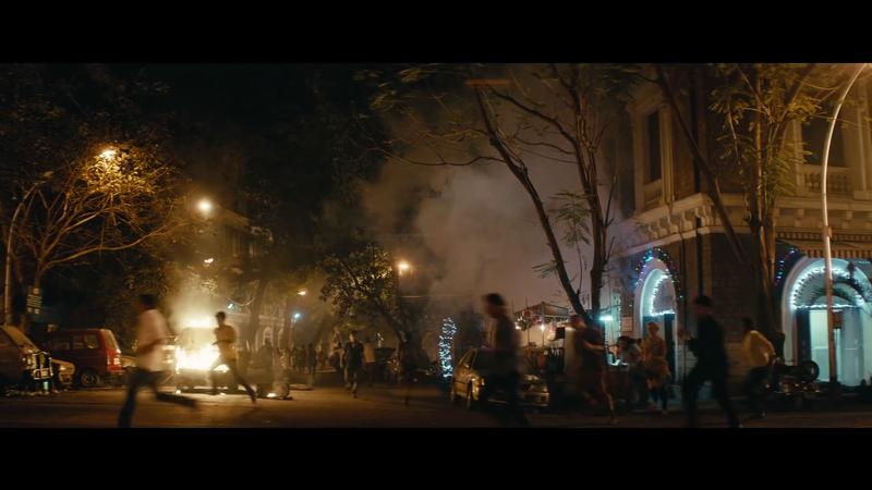 Khủng bố kinh hoàng 170 người chết ở Mumbai ám ảnh trên phim - ảnh 1