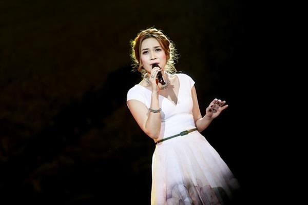 Mỹ Tâm, Hồng Nhung hát ở đường Trường Sơn - ảnh 2