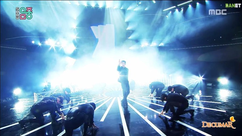 'Boy With Luv' của BTS tiếp tục giật cúp lần 8 tại Music Core - ảnh 2