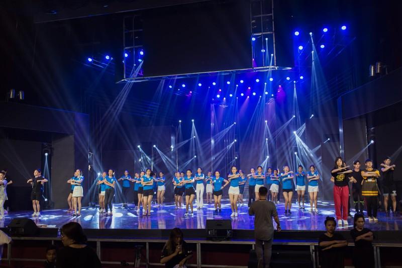 Sân khấu xoay cho chung khảo Miss World Việt Nam 2019 - ảnh 2
