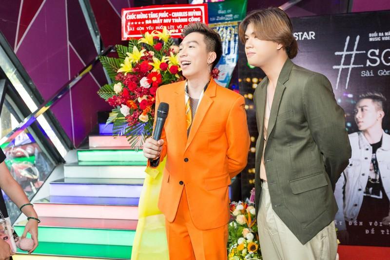 Tăng Phúc gây nhói lòng cộng đồng LGBT trong dự án Sài Gòn - ảnh 4