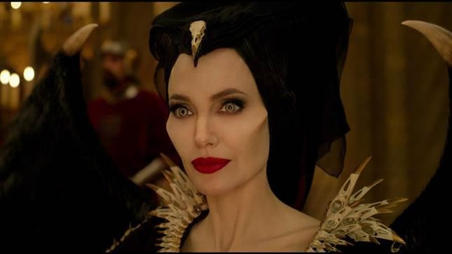 Maleficent: Mistress of Evil bất ngờ tung trailer đầy đủ - ảnh 1