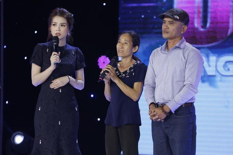 Trấn Thành rút tiền túi tặng thí sinh trên sóng truyền hình - ảnh 3