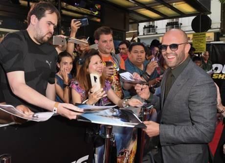 Jason Statham tụ hội tại buổi công chiếu phim 'Fast & Furious' - ảnh 5