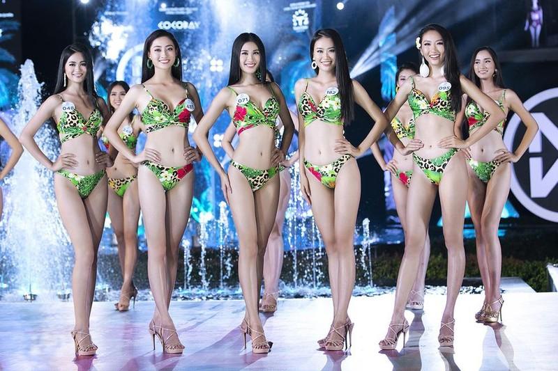 Màn chào sân nóng bỏng của top 5 người đẹp bikini Miss World  - ảnh 4