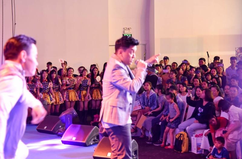 SGO48 'thất thủ' trước fan tại sự kiện giao lưu văn hóa  - ảnh 8