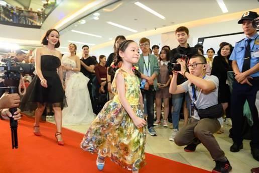 Ca sĩ Đan Trường ma mị với bài ca trong phim 'Cha ma' - ảnh 3