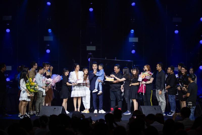 Phạm Quỳnh Anh tái hiện một loạt hit trong 3 tiếng - ảnh 3