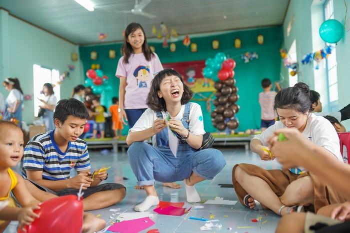 Kaity Nguyễn cùng hội bạn thân có ngày Trung thu ý nghĩa  - ảnh 2