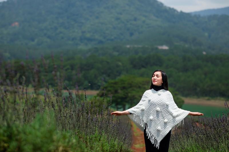 Hà Vân ra album bolero sau hai năm miệt mài chạy sô - ảnh 1