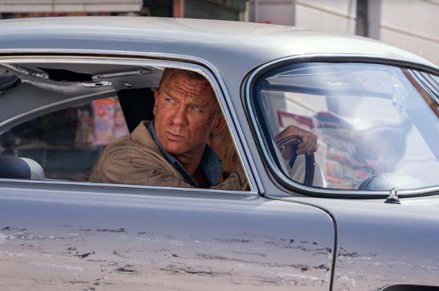 Daniel Craig tái xuất ngoạn mục trong trailer của bom tấn 007 - ảnh 3