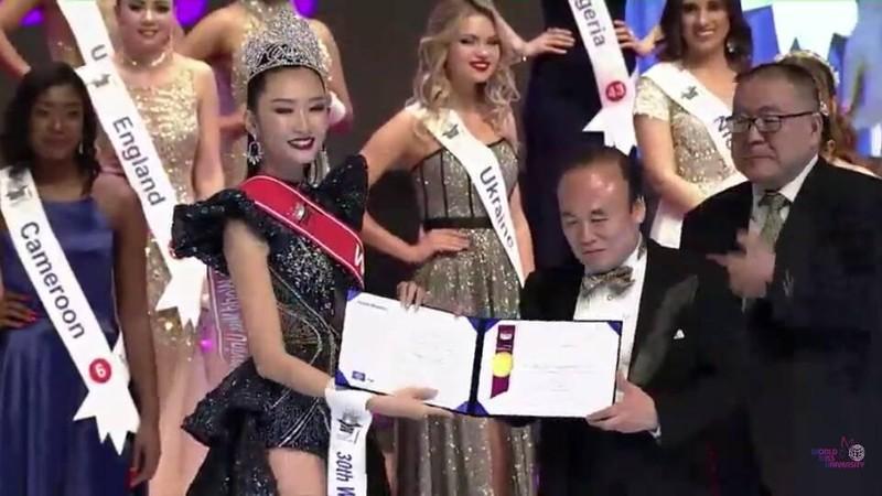 Việt Nam có thêm chiếc vương miện sắc đẹp quốc tế - ảnh 1
