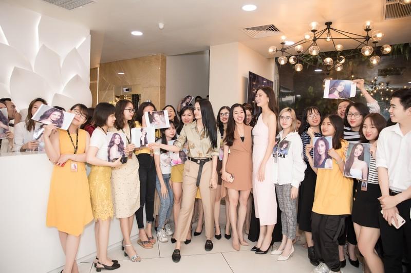 Tiết lộ lí do Hoa hậu Megan Young đến Việt Nam - ảnh 2