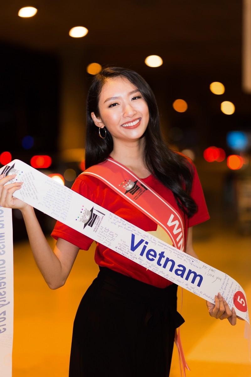 Thanh Khoa trở về Việt Nam sau khi đăng quang hoa khôi   - ảnh 2