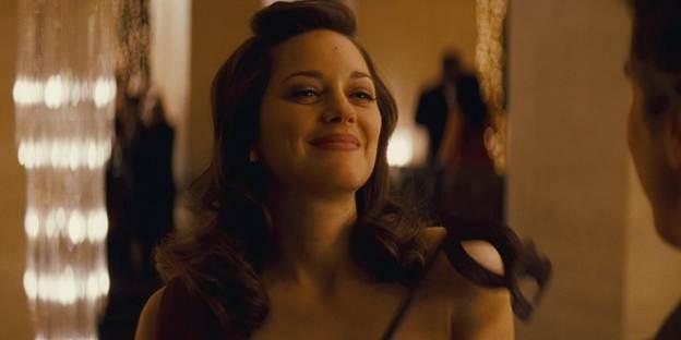 Điểm mặt những gái hư nóng bỏng nhất trong siêu anh hùng DC - ảnh 3